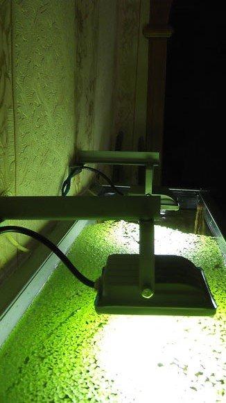 Навесной светильник для аквариума